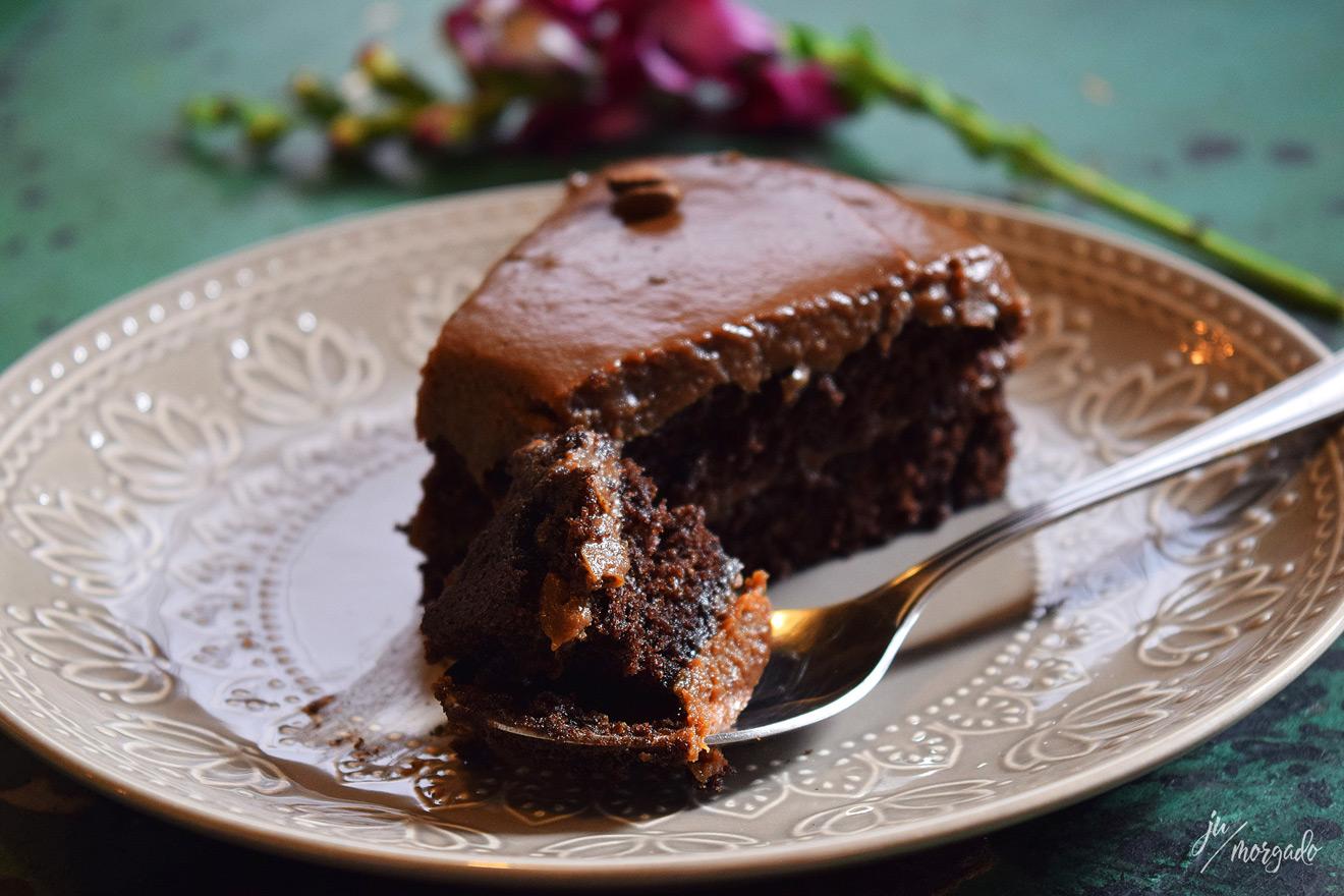 O famoso bolo de café com chocolate do Acervo Café