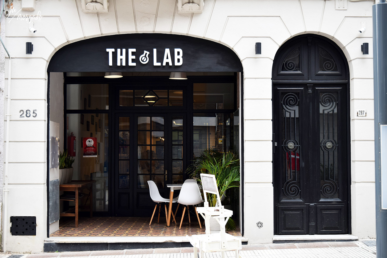 Entrada do The Lab Coffee Roasters