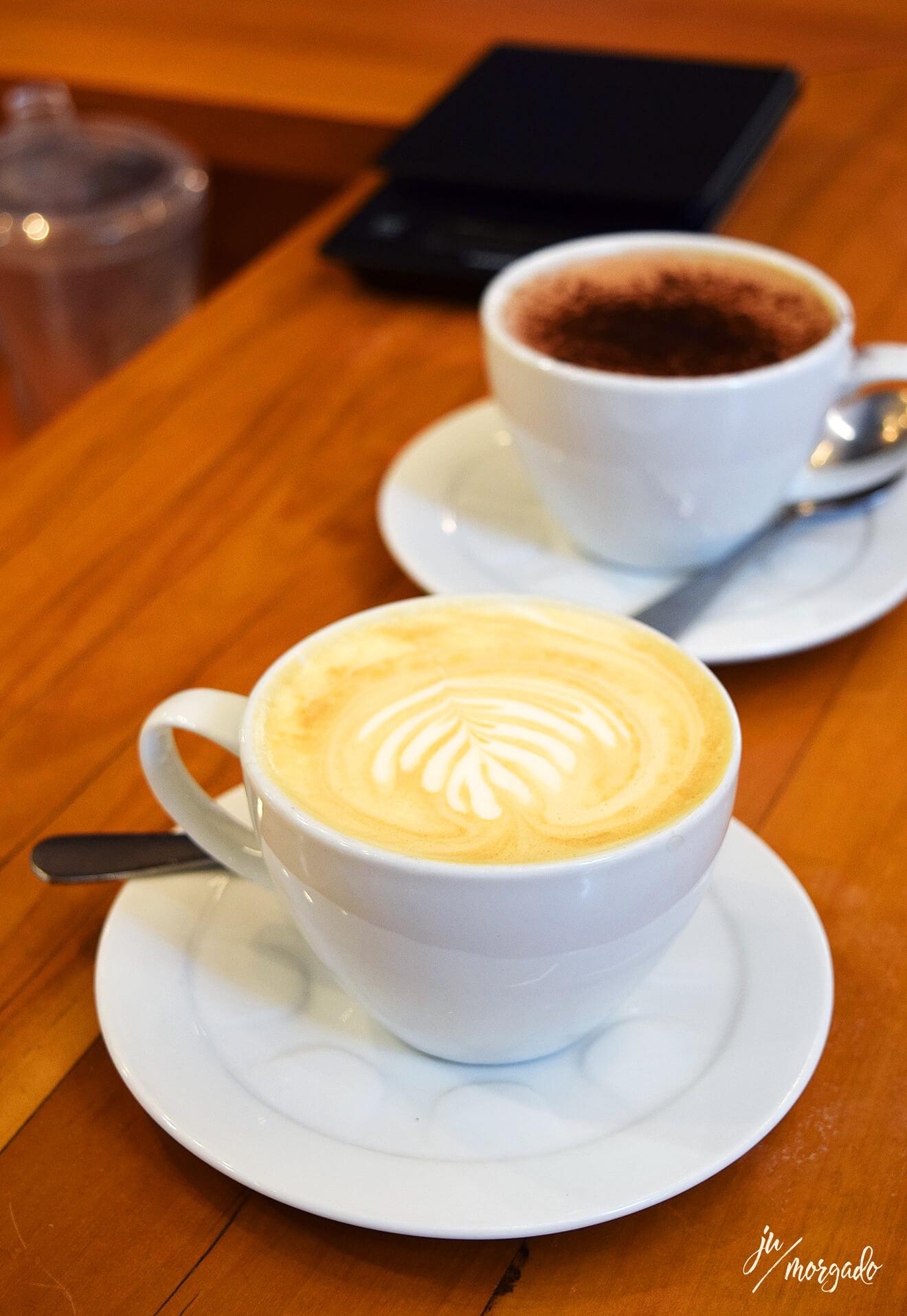 Cappuccino e café no Fabrique em São Paulo.